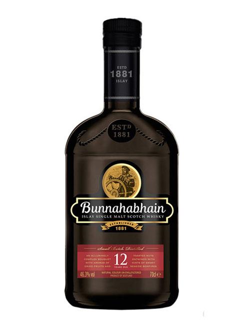 Beliebter 12 JAhre alter Whisky mit süß-fruchtigen Tönen und kräftigem Rauch: Bunnahabhain 12 Islay Single Malt Scotch Whisky
