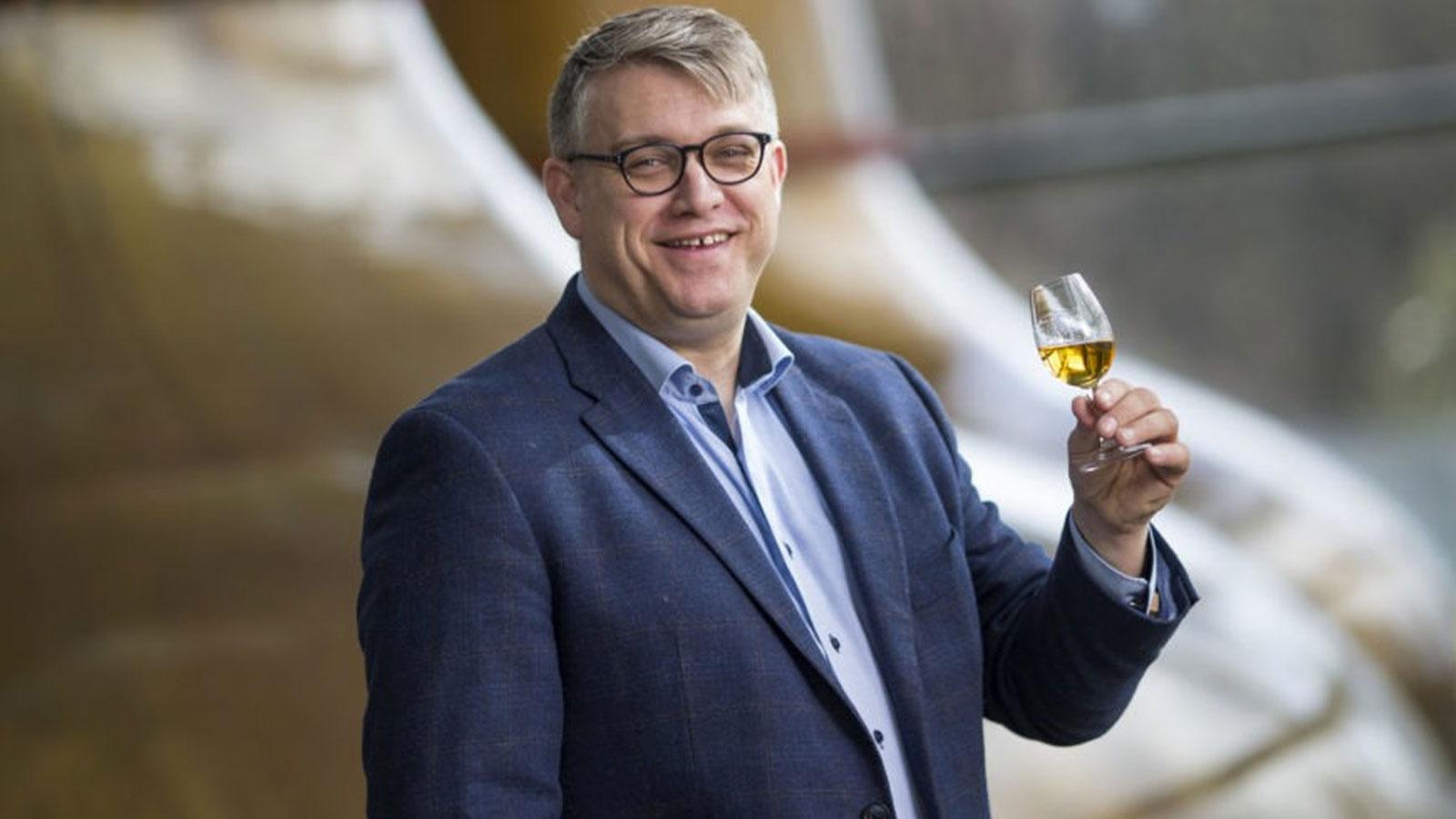 Brian Nation bei O'Shaughnessy Distilling Company weiter als Brennmeister tätig